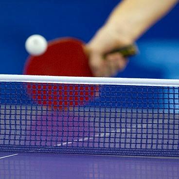 Pozvánka na mezinárodní gay ping-pongový turnaj v Praze